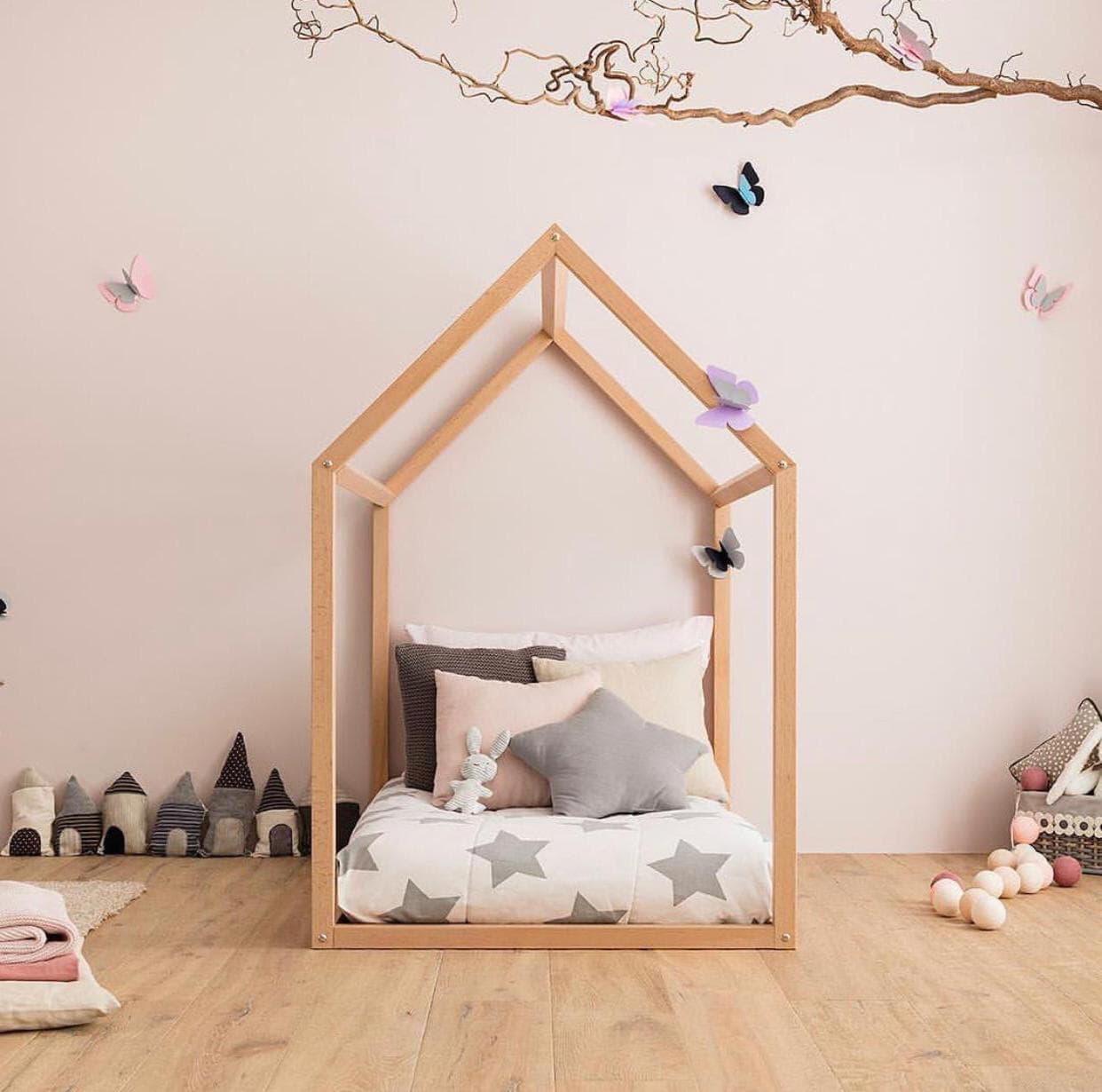 Esempio di lettini Montessori